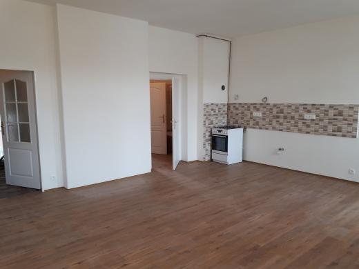 2. a 3.NP- obývací pokoj+KK